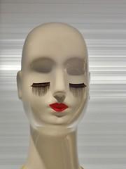 Mannequin, Mapleview Centre, Burlington, ON (Snuffy) Tags: mannequin mapleviewcentre burlington ontario canada