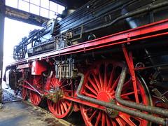 Triebwerk der 03 2155 (Thomas230660) Tags: dresden eisenbahn dampf dampflok steam steamtrain sony