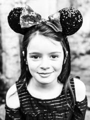 Mady (pete4ducks) Tags: 500views girl child face mady madelyn oregon beaverton 2018 bow