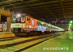 Super SuperMan (andresmt9) Tags: night ffcc railway railfan railroad rail train super superman 5922 atomic atomico 592201 diesel cda fsl vfsl nocturna andresmt9 doble 32 592 light nature renfe adif renfeoperadora