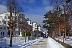 Binzer Strandpromenade (lt_paris) Tags: urlaubinbinz2018 rügen binz strandpromenade bäderarchitektur winter schnee ostsee