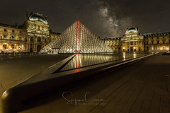 A NIGHT AT MUSEUM (Stephen Hunt61) Tags: france paris louvre museum night building architecture landmark milkyway icon parigi museo pyramid glass icona cultura historic stefanocaccia