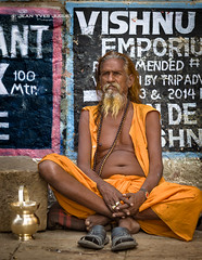 Sadhu in Varanasi (India) - Sâdhu à Bénarès (Inde) ( Jean-Yves JUGUET ) Tags: sadhu sâdhu indie inde india gange ganges bénarès varanasi ascète ascetic