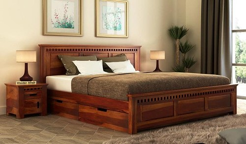 Solid Woods Beds available online in amazing finishes