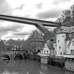2018 03 12_0741 Le Faubourg du Pfaffenthal. (yves62160) Tags: paysage urbain pfaffenthal luxembourgville ville fortifiée architecture rivière alzette
