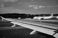 Departure (2) (Giacomo Foti Photo) Tags: airplane airport flight travel black white bw contrast sky clouds shadow departure takeoff landing wing sigma dp2m merrill foveon landscape