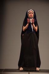 IMGP5080 (i'gore) Tags: montemurlo teatro fts salabanti fondazionetoscanaspettacolo donna donne libertà felicità ritapelusio satira ironia marcorampoldi pemhabitatteatrali