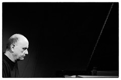 The Necks @ Cafe Oto, London, 19th March 2018 (fabiolug) Tags: piano pianoforte pianist thenecks chrisabrahams lloydswanton tonybuck trio improvisation avantgarde experimental cafeoto london dalston music gig performance concert live livemusic leicammonochrom mmonochrom monochrom leicamonochrom leica leicam rangefinder blackandwhite blackwhite bw monochrome biancoenero zeisscsonnartf1550mmzm zeisszm50mmf15csonnar zeisscsonnar zeisssonnar zeiss sonnar 50mm sonnar50mm 50mmf15