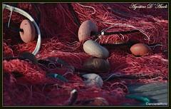 Reti da pesca con galleggianti... alla luce del tramonto - Marzo-2018 (agostinodascoli) Tags: retedapesca pesca nikon nikkor sciacca galleggianti agostinodascoli sicilia texture colore fullcolor