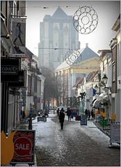 Havenplein, Zierikzee, Schouwen-Duiveland, Zeelande, Nederland (claude lina) Tags: claudelina nederland hollande paysbas zeeland zierikzee zeelande rue street architecture