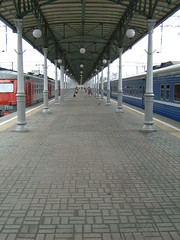 Mосква (hakzelf) Tags: traindoors вокзал vokzal rzd москва moscow trainidentity belarusrailways bch бч платформа platform perronkap
