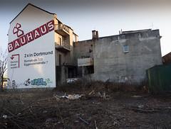 Bauhaus - schöner Wohnen in Dortmund_Bauhaus - schöner Wohnen in Dortmund (RoccerSoccerDave) Tags: dortmund olympus olympus1250mm nordstadt ruhrpott ruhrgebiet city urban