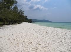 Paradise found (ORIONSM) Tags: cambodia beach scene sand water sea ocean blue sky clouds paradise island kohrong asia survivor trees empty deserted olympus omdem1 olympus14150mm landscape nature vista scenery