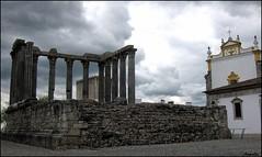 Roman temple of Evora .....Portugal (Armelle85) Tags: extérieur paysage ville temple pierre place ciel nature architecture monument ruines antique