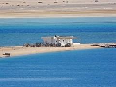 Egypte, Safaga, pieds à terre en Mer rouge (Roger-11-Narbonne) Tags: egypte désert safaga bédouin merrouge