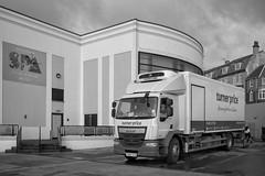 Bridlington - The Big Yin (Tony McLean) Tags: ©2018tonymclean bridlington eastyorkshire blackwhite monochrome yorkshirecoast leicamonochrom leica35summiluxfle