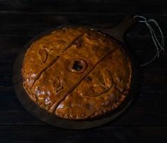 Empanada de bacalao y pasas (Frabisa) Tags: recetas cocinacasera hechoencasa saludable hogar familia delicioso empanada bacalao cocinagallega galicia recipes homemadecooking homemade healthy home family delicious cod galiciancuisine