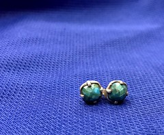 93/365/7 (f l a m i n g o) Tags: macro earrings silver turquoise stone small blue hmm monday march 26th 2018 project365 365days somethingblue 28506