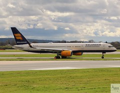 Icelandair B757-223 TF-ISY taxiing at MAN/EGCC (AviationEagle32) Tags: manchester man manchesterairport manchesteravp manchesterairportatc manchesterairportt1 manchesterairportt2 manchesterairportt3 manchesterairportviewingpark egcc cheshire ringway ringwayairport runway runwayvisitorpark runway23r airport aircraft airplanes apron aviation aeroplanes avp aviationphotography aviationlovers avgeek aviationgeek aeroplane airplane planespotting planes plane flying flickraviation flight vehicle tarmac icelandair boeing boeing757 b757 b757200 b757w b757200w b752 757 tfisy rb211