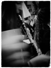Semana Santa (Vera Villadoniga) Tags: veravilladoniga vera semanasanta puentegenil córdoba andalucía 2018 españa primavera spring easter genil spain people light bw feelings street streets church nazareno nazarena nazarenos capirote tradición multitud historia colour imaginería imageneríareligiosa cofradía cuarteles penitente penitentes flores cirios familia familias temple flower músicos música digital style