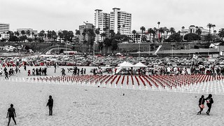 """'This is about the human cost of war': Los Angeles beach goers are reminded about sacrifices for independence by memorial"" ⚖️"