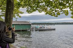 Naherholung am Starnberger See (neuhold.photography) Tags: 11092017 neuholdphotography starnberg starnbergersee bayern see wasser gewaesser naherholung erholung urlaub jahreszeiten herbst saisonende boot anleger bootsanleger