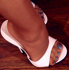 (pbass156) Tags: toes toelicking toefetish toesucking feet foot footfetish fetish sandals shoes strappy sandalias sexy slides clearheels