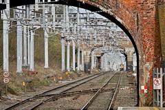 Steel Tunnel (Deepgreen2009) Tags: twyford sonning cutting tunnel steel overhead electrification 387 gwr straight signals railway shimmer