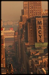 Thinking of Titanic, Queen Mary 2 Enters New York City (dannydalypix) Tags: gotham newyorkcity macy's manhattan hudsonriver queenmarytwo