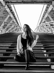 Passerelle Léopold-Sédar-Senghor (Nathanaël Photo) Tags: 75001 cheveuxlongs elisapicard france juliegraffeo jupe mua modèle paris parisbyelles passerelleléopoldsédarsenghor robe uneseulefemme
