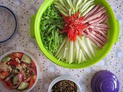 Bento 555 (Sandwood.) Tags: bento lunch lunchbox cooking food meal dish noodles ramen hiyashichuka hiyashiramen vegetables ham tunasalad japanese