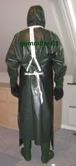 19 (gummifan61) Tags: rainwear raingear rubberaprons rubber