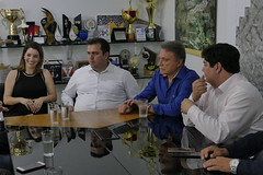 """Reunião - Aparecida de Goiânia • <a style=""""font-size:0.8em;"""" href=""""http://www.flickr.com/photos/100019041@N05/40194919774/"""" target=""""_blank"""">View on Flickr</a>"""