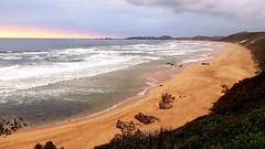 Brenton-on-Sea, the beach at declining sun (Sokleine) Tags: beach plage sand sable seaside sea ocean mer indianocean océanindien brentononsea westerncape southafrica afriquedusud africa afrique