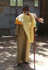 Prêtre Ethiopien. (jmboyer) Tags: eth1544 ethiopie ethnic ethnie afrique africa people travel géo portrait face visage yahoo flickr tribal civilisation ethiopia canon voyage religion african tribu yahoophoto lonely gettyimages nationalgeographie tourism lonelyplanet canoneos ©jmboyer photo 6d etiopia fêtedetimkat eos afriquedelest eastafrica imagesgoogle googleimage nationalgeographic viajes photogéo photoflickr photosgoogleearth photosflickr photosyahoo canonfrance picture photography etiopija googlephotos retrato canon6d photos photoyahoo ኢትዮጵያ አፍሪቃ äthiopien