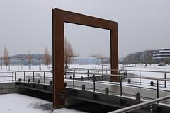 Winter gate (Sven Bonorden) Tags: phoenixsee dortmund hoerde winter snow ice island insel schnee eis tor gate metal metall eisen viereck brücke bridge ruhrgebiet westfalen