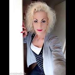 Juhuuu meine lieben 😁 schönen Guten Morgen 🍩🍪☕ Dein Leben wurde dir geschenkt, um einen Beitrag zu leisten. Prüfe heute, was du tun kannst, damit die Welt ein wenig heller wird und dann tu es! Wünsche euch allen einen super Samstag un (cosimabella) Tags: instagood selfiequeen hairartist handsome recklinghausen nailartist motivation germany cosimabella glamour goodmorning lifestyle beautiful outfit makeupartist elementaria styling cosima beautyqueen me empathin ts fashion