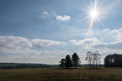 allüberstrahlend (Sylsine) Tags: frühling jahreszeiten landschaft menden natur städte wälkesberg