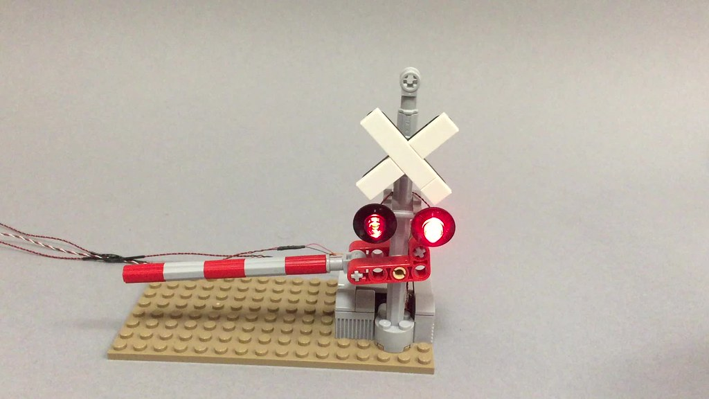 The World's Best Photos of crossing and lego - Flickr Hive Mind