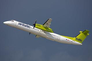 YL-BBT, Bombardier Dash8-Q400 Air Baltic @ Düsseldorf DUS EDDL