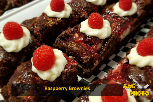 "Raspberry brownies • <a style=""font-size:0.8em;"" href=""http://www.flickr.com/photos/159796538@N03/25942099827/"" target=""_blank"">View on Flickr</a>"