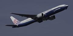B-18007_FRA_07C_Takeoff (MAB757200) Tags: chinaairlines b777309er b18007 boeingspecialcolors aircraft airplane airlines boeing fra eddf flughafenfrankfurtammain