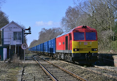 "60059 ""Swinden Dalesman"" (elr37418) Tags: rainford junction brush traction wilton knowsley uk england nikon d7100 db tug red yellow signals signalbox binliner blue box great britian tracks swinden dalesman"