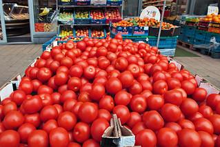 tomato anyone?