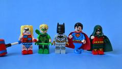 Detective Comics Figurines (th_squirrel) Tags: lego dc comics harley quinn microfighter green arrow oliver queen batman superman genie robin minifig minifigs minifigures minifigure