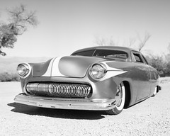 Grill (magnetic_red) Tags: car old vintage blackandwhite largeformat crowngraphic 4x5 tmax100 rodinal outdoors desert