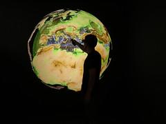 Journey to the core of the earth (Ars Electronica) Tags: earth planet erde reiseinsinneredererde geophysik geophysics computersimulation geologie geology lmumunich lmumünchen arselectronica arselectronicacenter deepspace8k art technology society science kunst technologie gesellschaft wissenschaft linz österreich austria upperaustria