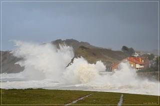 Gran temporal con intensa bruma y llovizna - Comillas - Cantabria