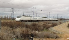 Ave 100-012 (marcos4449) Tags: ave 100011 100012 renfe renfeoperadora renfeave ramaduplex