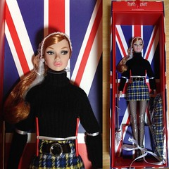 The New girl in town! (duckhoa_le) Tags: lucky lottery exclusive wclub japan beautiful pretty girl arrived portrait swinging redhead ginger hair red blue cape mod 1960s 60s collection london plaid positively barbie toy toys integrity royalty fashion doll parker poppy